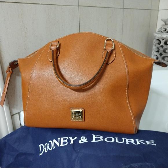 afa0f4d5a8c1a Dooney   Bourke Handbags - Dooney   Bourke Sydney satchel purse in Natural